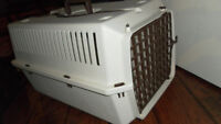 dog or cat cage crate