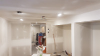 DM Drywall Repairs & Plastering.