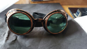 Steampunk Welder's Style Goggles with Green Lenses - NEW