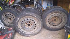 4 pneus d'hiver sur rimes doit partir !!!