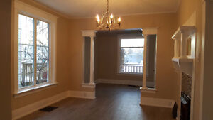 Central RENOVATED 3 Bedroom House Available NOW! January FREE!