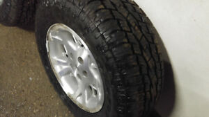 Toyo Open Country P235/70R16 As New X4 on jeep Rims