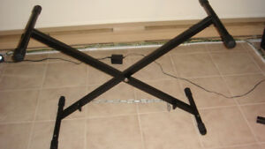support / rack pour clavier/piano