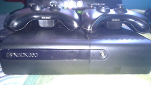 Xbox 360 slim with kinect and 15 games 2 controllers