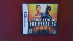Justice league heroes à la DS OU ÉCHANGE CONTRE JEU DE COURSE