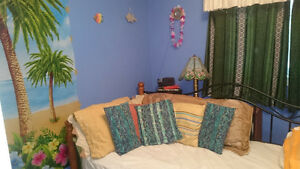 Small Bedroom in private family home - available for october 1st Cambridge Kitchener Area image 1