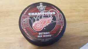 Mike Babcock signed 2008 Detroit SC Champions puck!
