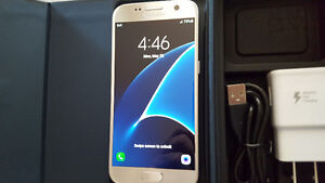 Samsung Galaxy S7 Platinum Gold 32GB Factory Unlocked + Wind