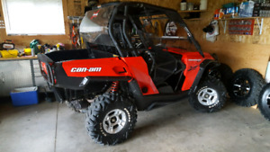2012 CAN AM COMMANDER