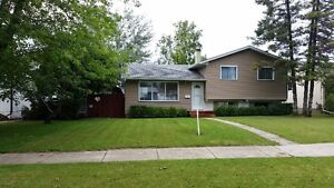 122 Houde Drive open house Oct 1+2,  1pm to 4pm