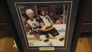 Framed Joe Thorton  ( boston Bruins )
