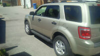 2010 Ford Escape SUV, 2.5 L engine... must sell