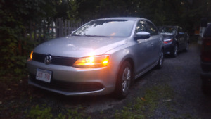 2014 low milege Volkswagon Jetta