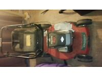 Briggs & Stratton Self Propelled Petrol Lawnmower