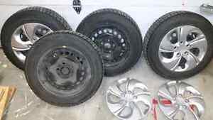 4 pneus d'hiver P195/65R15 (négo)