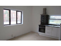 Spacious 2 bedroom flat in Rush Green part dss with guarantor acceptable