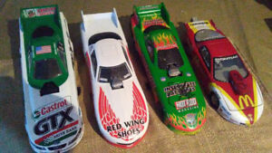 "1/24 ""FUNNY CARS"" 2 signed /no boxes"