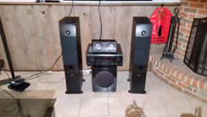 COMPLETE HOME THEATER SPEAKER AMPLIFIER SYSTEM / Amplificateur