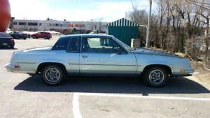 Oldsmobile Cutlass Supreme Brougham 1981-Showroom Condition