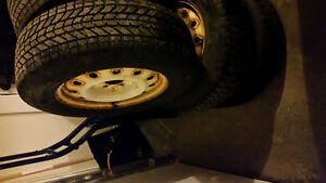 FS: 215/70R16 tires on wheels x4