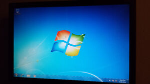 """Used 22"""" Viewsonic LCD Computer Monitor for Sale Cambridge Kitchener Area image 1"""