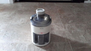 Philips Juicer $30 firm