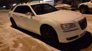 2011 Chrysler 300 Limited edition. Asking $17,500.00 Strathcona County Edmonton Area image 2