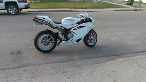 MV Agusta F4 ***PRICE REDUCED FOR A LIMITED TIME*** Moose Jaw Regina Area image 4