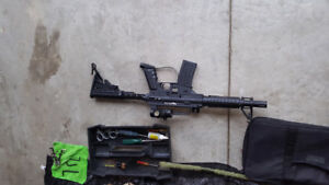 2 Paintball Guns 3000x Paint Balls Everything you need...