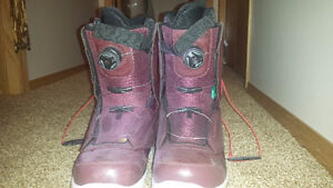 SNOW BOARD BOOTS SIZE MENS 10