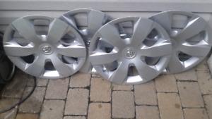 4 enjoliveurs de roues original toyota 16 pouces impeccable