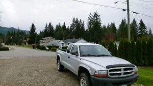 2003 Dodge Dakota SXT Pickup Truck 4X4 V6