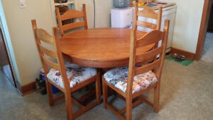 Solid Oak Mission Style Table and Chairs
