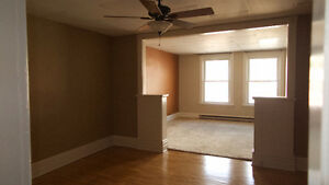 Spacious 2 bedroom Apt. Wingham