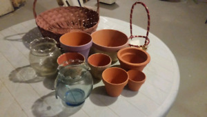 Variety of pots n baskets