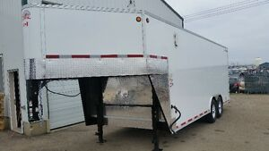 NEW C JAY 8.5 X 20 FT ENCLOSED GOOSE TRAILER  V NOSE GREAT BUY
