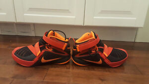 Price Drop!!!Boys/Youth Lebron basketball Shoes