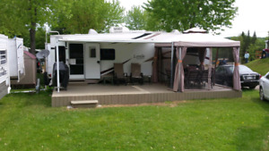 Roulotte Laredo Fifth Wheel 27 pieds 2005