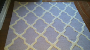6'x6' lavender and ivory wool rug