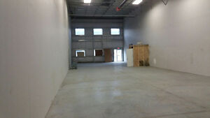 Commercial Space Bay Industrial Calgary for Lease