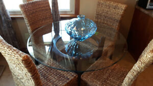 5 piece glass top table set with wicker chairs