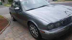 2004 JAGUAR XJ8 MINT