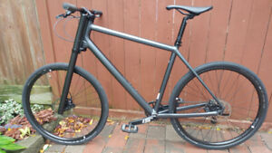 Cannondale Bad Boy 2 hybrid bike in Mint condition