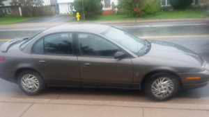 2000 Saturn. Moving Need to Sell!