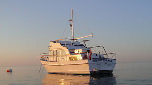 2005 Yukon 36ft Classic live aboard Trawler Yacht For Sale