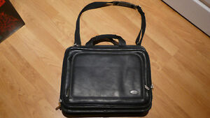 Black LAP TOP  Bag  ***so many pockets and compartments