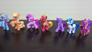 "My Little Pony set of 7 mini vinyl 1 1/2"" to 2"" tall"