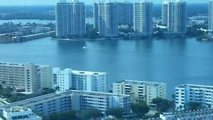 Sunny Isles Beach Miami Floride. Condo sur l'intracoastal.