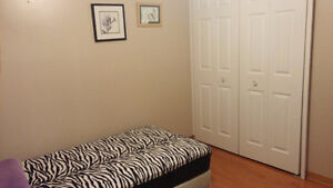 Room Rent for FEMALE RESIDENTS- close to Western(all inclusive) London Ontario image 3