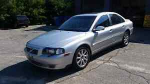 2005 Volvo S80 With Sunroof  and leather